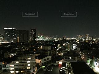 夜の街の景色の写真・画像素材[844985]