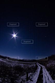 月夜の霧ヶ峰の写真・画像素材[855069]