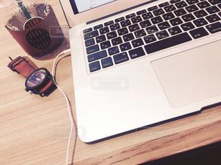 working - No.845267