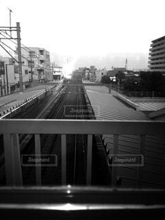 駅のホームと空の写真・画像素材[847345]