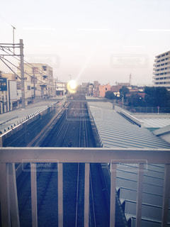 鉄道と夕焼け空の写真・画像素材[847347]