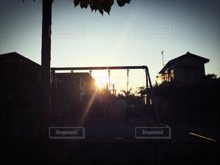 公園からの日没、夕焼けの写真・画像素材[849335]