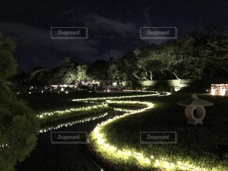 川辺のライトアップの写真・画像素材[850369]