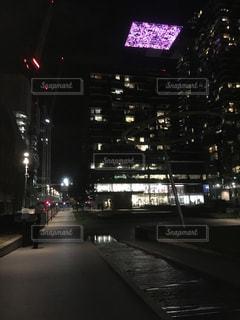 夜の街の景色の写真・画像素材[847962]