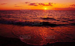 沈む夕陽の写真・画像素材[927178]