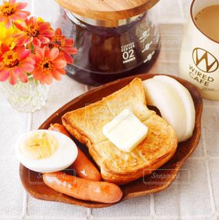 バタトーストの朝食プレートの写真・画像素材[2771437]