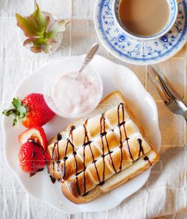 マシュマロトーストの朝食の写真・画像素材[2976353]