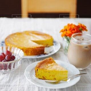 かぼちゃのチーズケーキの写真・画像素材[3625411]