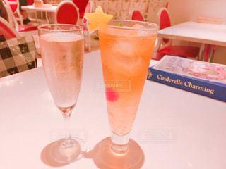 テーブル ワインのグラス - No.853482
