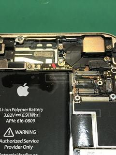 iPhone内部水没の写真・画像素材[853632]