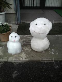 雪だるまで親子の写真・画像素材[853726]