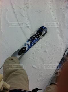 雪板に足のペアの写真・画像素材[989104]