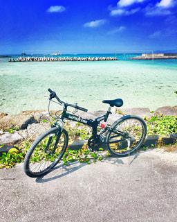 海と自転車の写真・画像素材[854101]