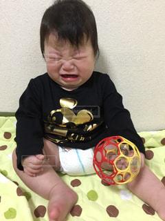 泣いている赤ちゃんの写真・画像素材[862815]