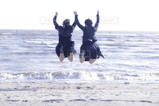 水に飛び込む人の写真・画像素材[1629916]