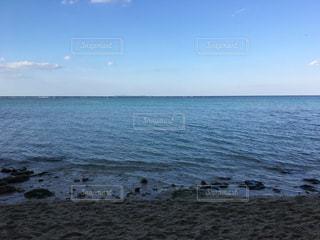 青い海と青い空の写真・画像素材[857516]