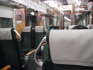 阪急特急電車の車内 - No.858752