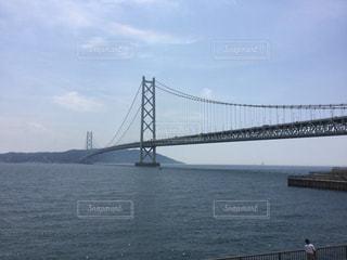 世界最長の吊り橋の明石海峡大橋の写真・画像素材[858781]