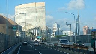 福岡都市高速から望むシーサイドももちの建物群の写真・画像素材[859592]