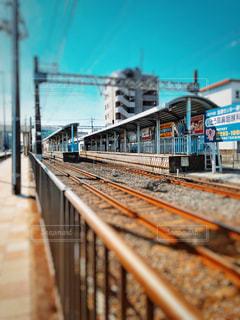 昼の駅舎の写真・画像素材[858838]
