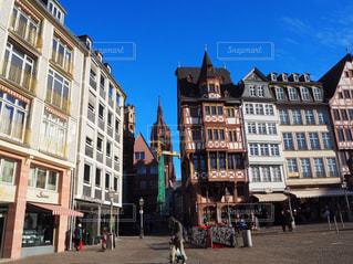 ドイツ フランクフルトの街並みの写真・画像素材[3318997]