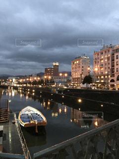 雨上がりの小樽運河の写真・画像素材[857111]