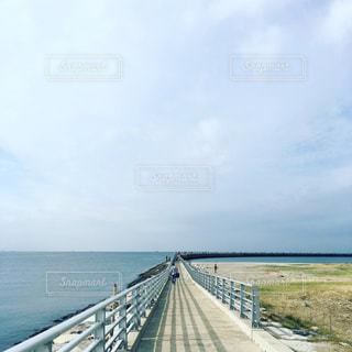 海の堤防、釣りスポットの写真・画像素材[857500]