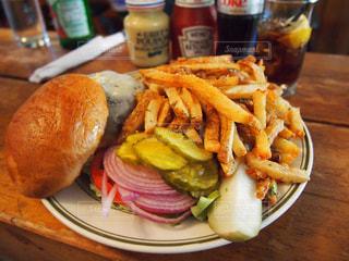 ニューヨーク ダンボで食べたハンバーガーの写真・画像素材[892090]