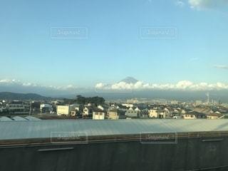 新幹線から見える富士山の写真・画像素材[859246]