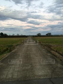 田舎の一本道 - No.859375