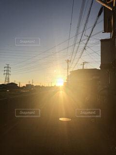 眩しい朝の始まりの写真・画像素材[860469]