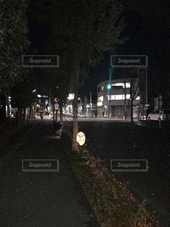 夜道の写真・画像素材[860477]