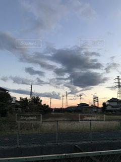 田舎の夕暮れの写真・画像素材[888996]