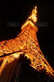 タワーは夜ライトアップの写真・画像素材[873984]