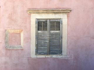 窓の写真・画像素材[860456]