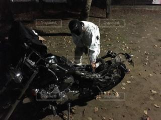 秋の夜長、バイクを改造 - No.861105