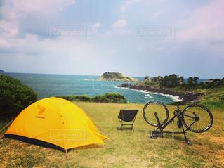 海辺でキャンプの写真・画像素材[861845]