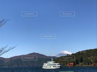秋の芦ノ湖と富士山2 - No.862286