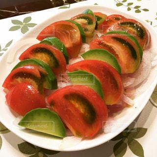 トマトとアボカドのサラダ - No.870755