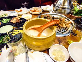 韓国でたべた焼肉の写真の写真・画像素材[868430]