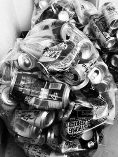 缶は燃えないゴミ。の写真・画像素材[2668532]