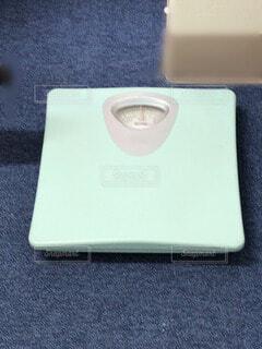 気になる体重の写真・画像素材[3669086]