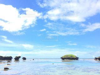 青い空と海の写真・画像素材[865097]