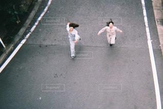 通りを歩く人々 のグループの写真・画像素材[866491]