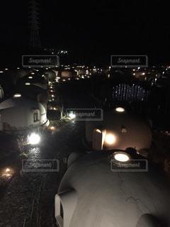 とれとれヴィレッジの夜のライトアップの写真・画像素材[867383]