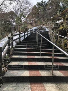 城崎温泉ロープウェイの乗り場に向かう階段の写真・画像素材[1025172]
