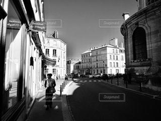 ヴェルサイユの街にて - No.868017
