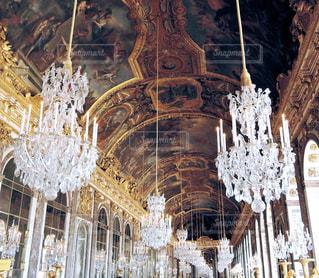 ヴェルサイユ宮殿の鏡の回廊の写真・画像素材[873915]