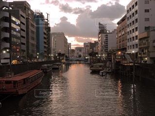 柳橋から秋葉原方面を望む 神田川の写真・画像素材[1446773]