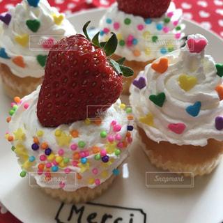 カラフルカップケーキの写真・画像素材[1622634]